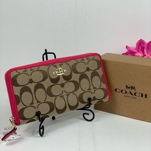 Coach Accordions Wallet in Jacquard Canvas